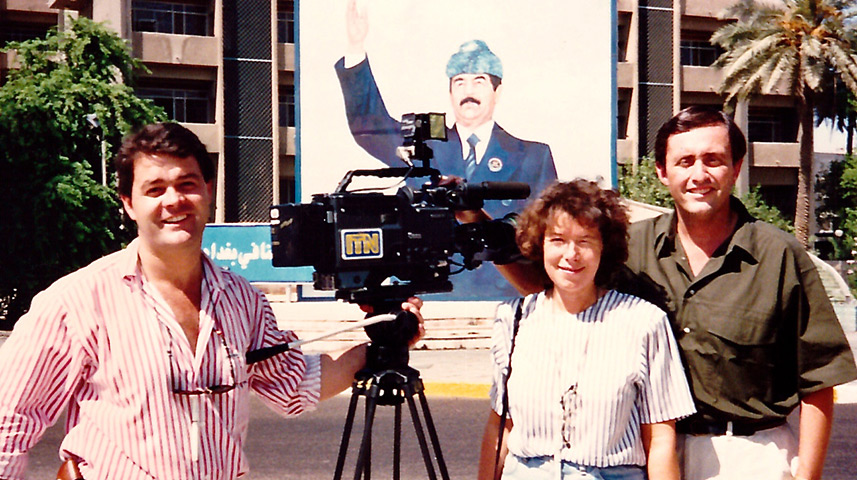 Brent Sadler (right) with ITN cameraman James Nicholas (left) and senior producer Sue Tinson (centre), Baghdad, Iraq